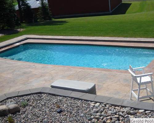 Fiberglass swimming pool installer in minnesota for Sport pools pictures