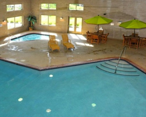 Concrete Commercial Swimming Pool Builder In Minnesota