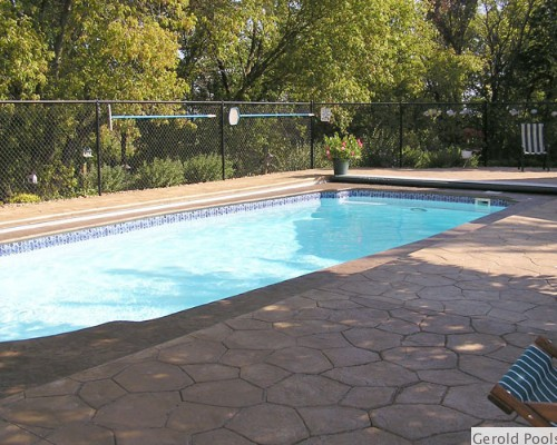 Fiberglass Swimming Pool Installer in Minnesota